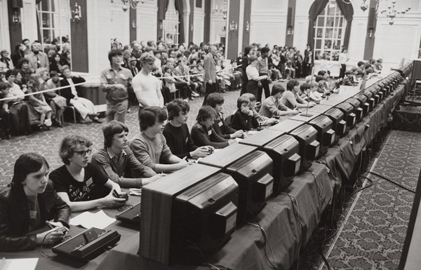 old-photos-national-space-invaders-championship-1980