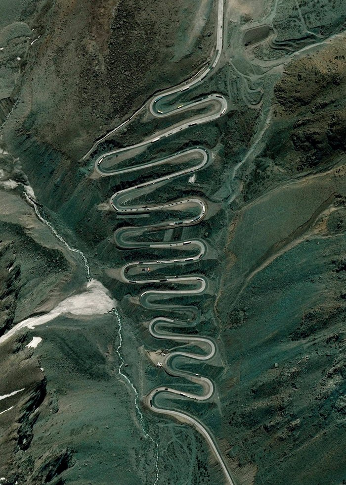 satellite-photos-los-caracoles-pass-andes-mountains