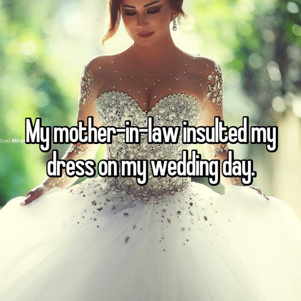 awful-mother-in-laws-insulted-dress