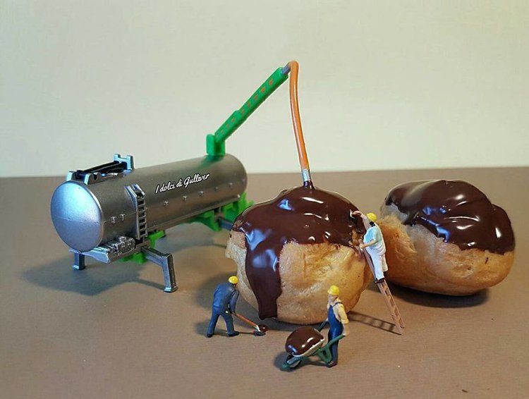 filling-profiteroles-mini-world-dessert