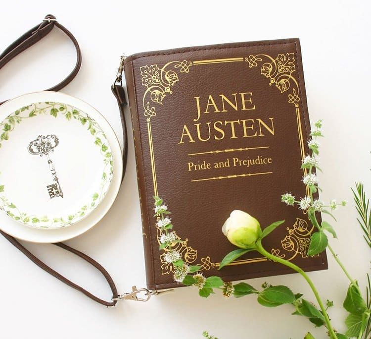 jane-austen-book-themed-bag