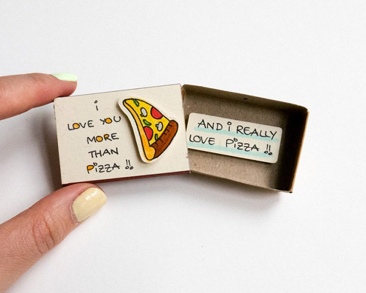 love-you-more-than-pizza-matchbox-greeting-card