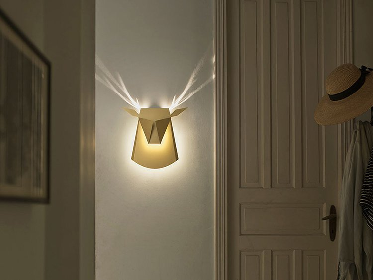 stag-wall-light