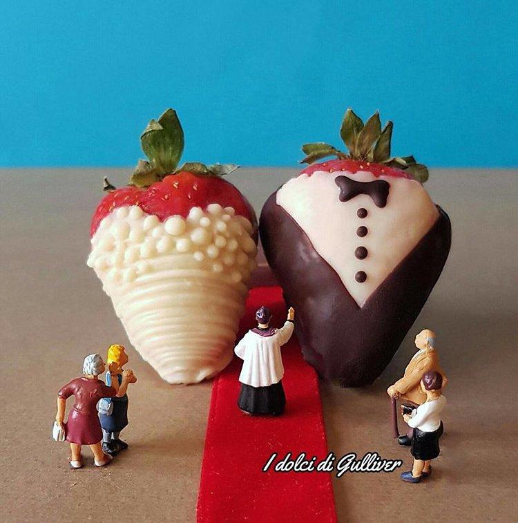 strawberry-marriage-mini-world-dessert