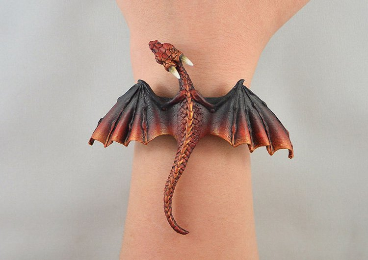 black-red-dragon-bracelet