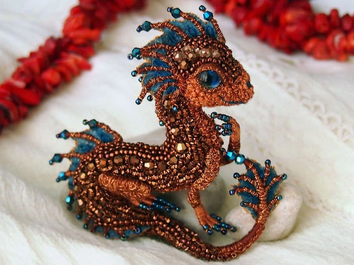 Alyona-Lytvin dragon brooch maya