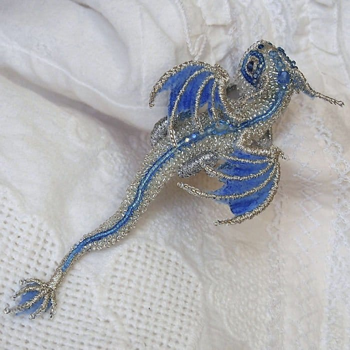Alyona-Lytvin dragon brooch snow