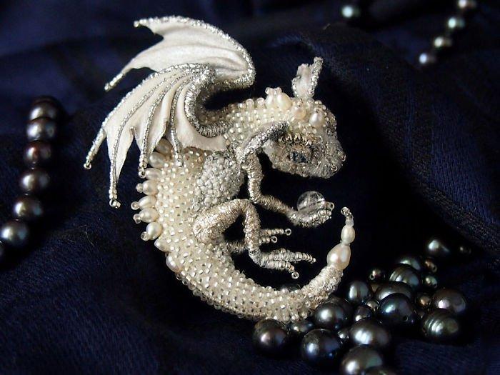 Alyona-Lytvin dragon brooch sylvie