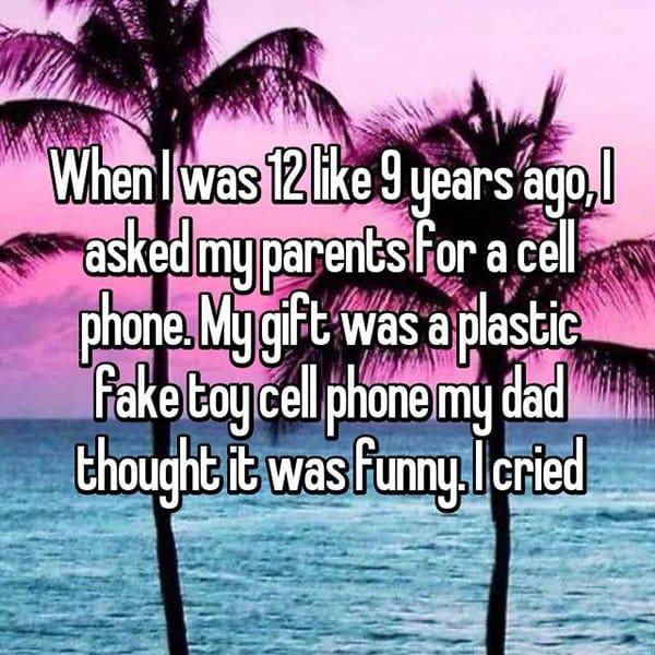 awkward christmas cell phone fake