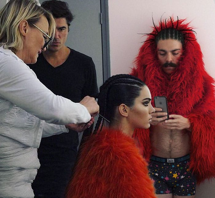guy-photoshops-himself-into-kendall-jenner-photo-getting-ready