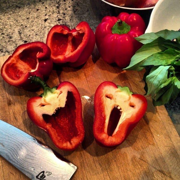 oddly-shaped-fruit-vegetables-horror-peppers