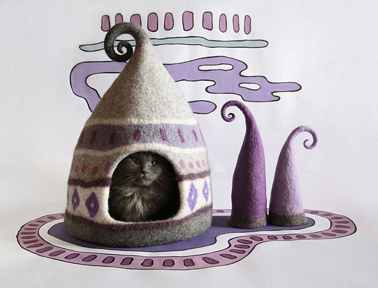 purple-and-grey-cat-felt-house