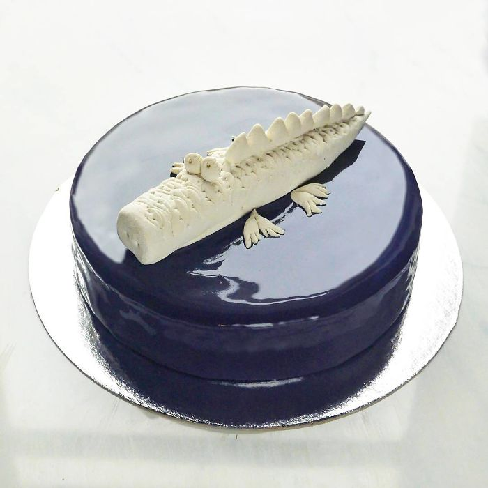 chocolate worlds mirror glaze cakes croc