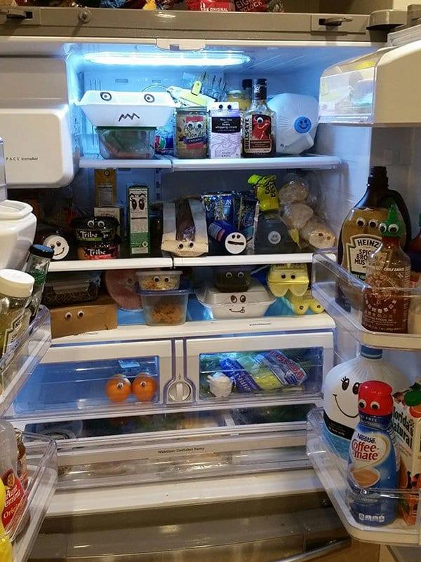 funny-couples googly eyes fridge