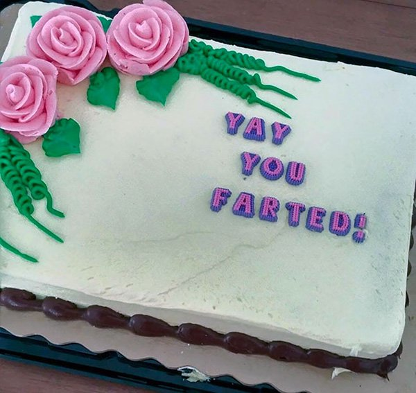 funny-couples yay you farted cake