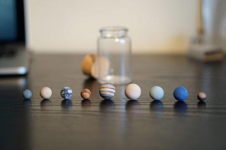 3d-planet-models-system in a bottle