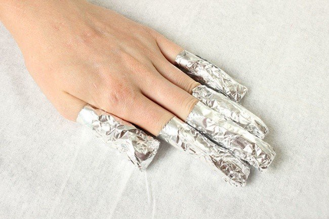 beauty hacks nail foil