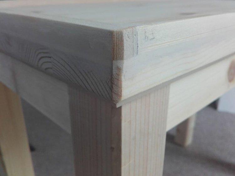 corner wood table