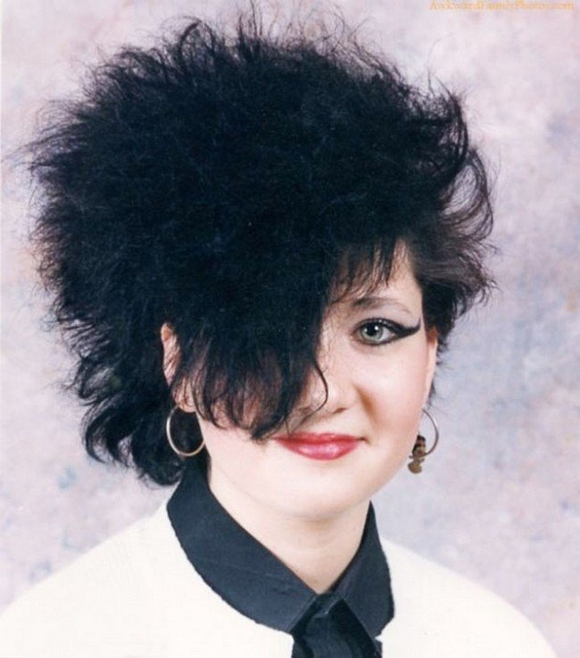 Ridiculous ' 80s And '90s Hairstyles That Should Never Come