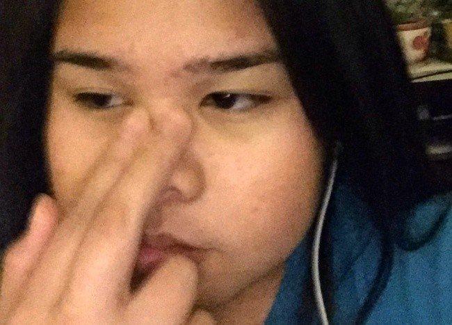 girl hand face