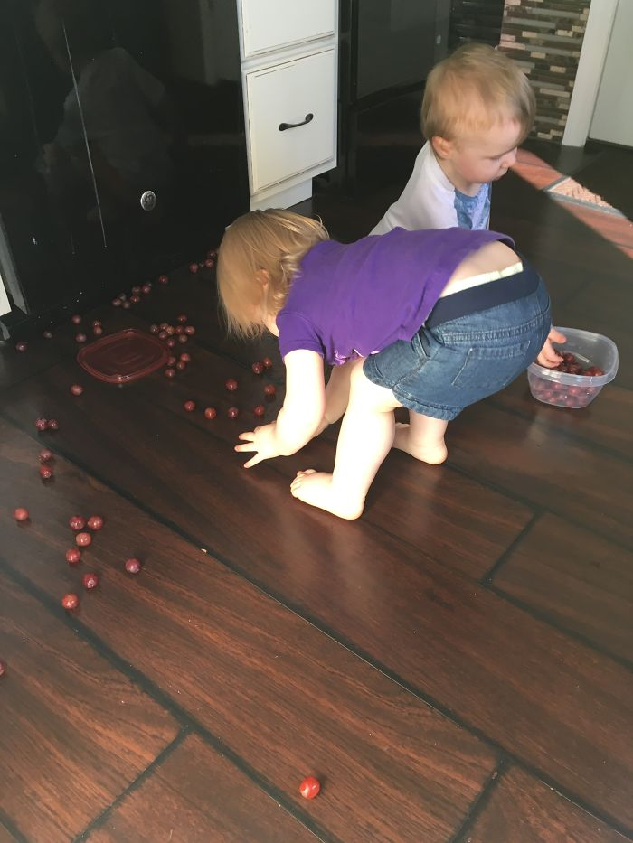 mom realities dropped grapes