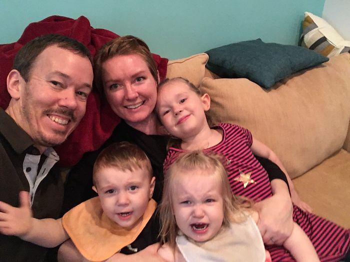 mom realities family selfie