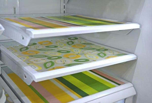 plastic mats on fridge shelves