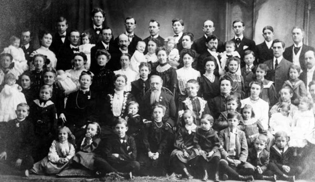 rare historical photographs russian woman 69 children