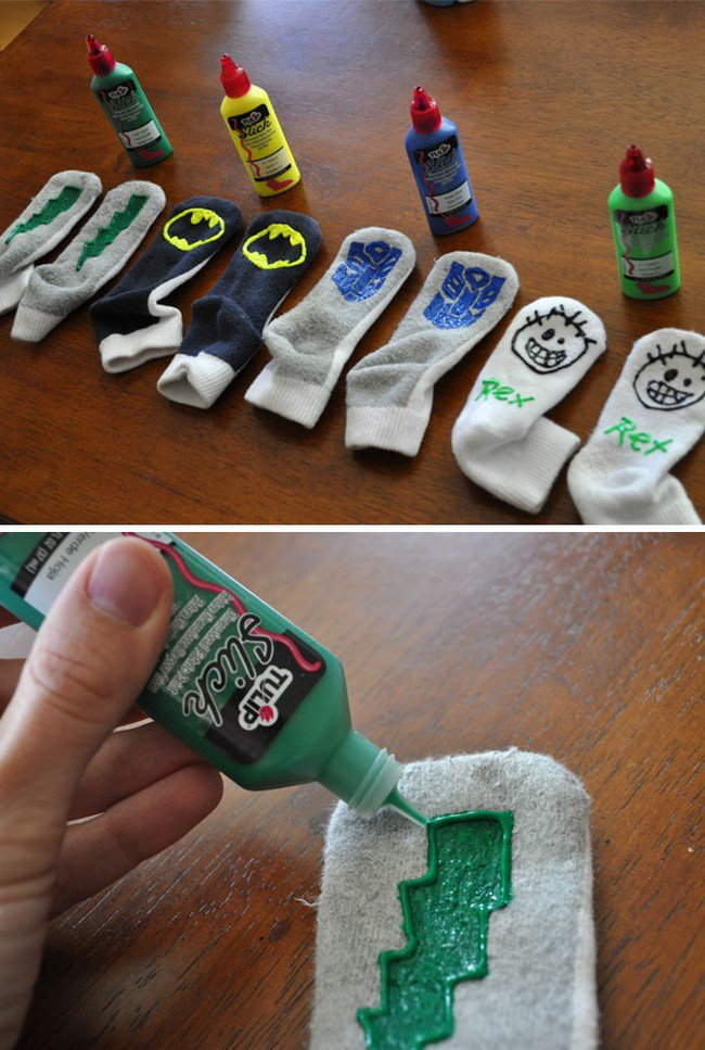 socks paint