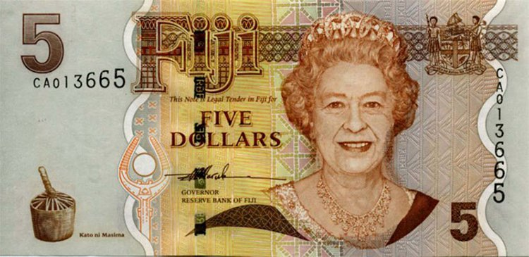 Queen Elizabeth aged 73 fiji note