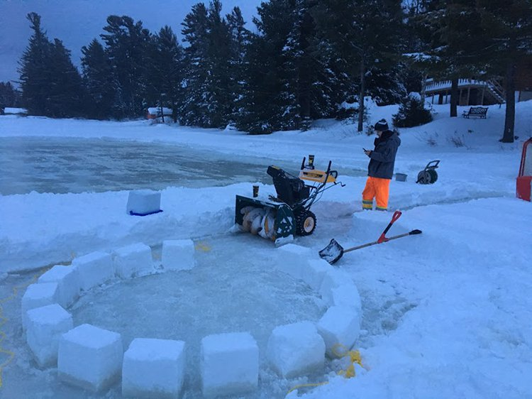 building an igloo snow bases
