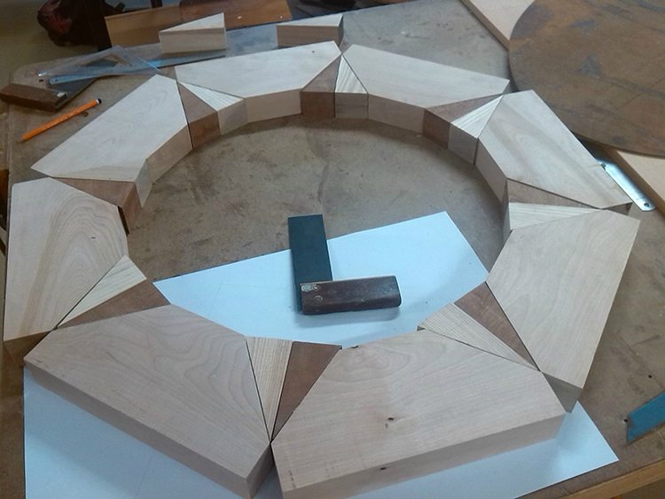 compass table assembly