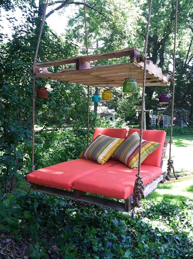 original pallet tree swing