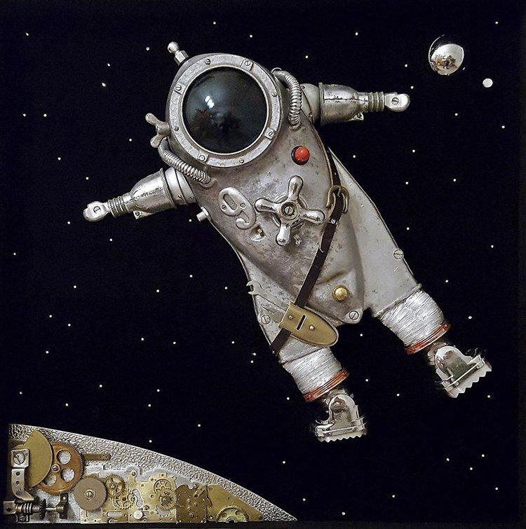 steampunk sculptures spaceman