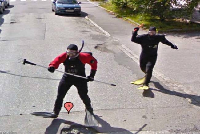 strange things google maps attacking scuba divers
