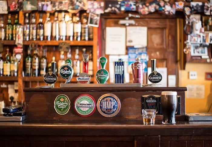 pub bar beers