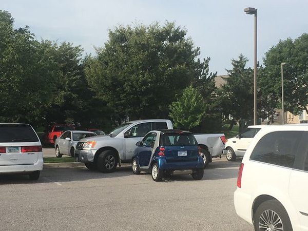 smart car blocking other car in