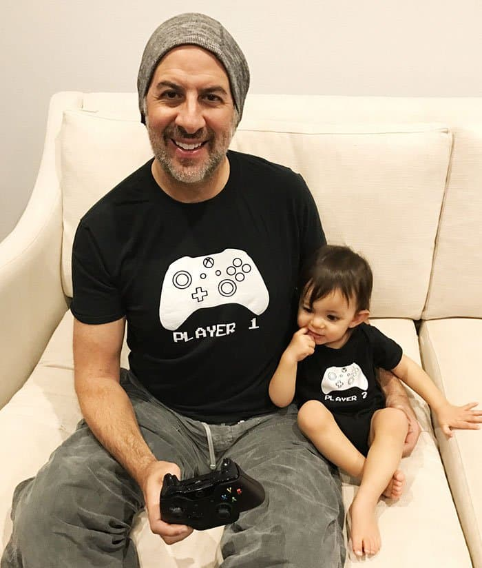 Awesome T-Shirt Pairs player 1 and player 2