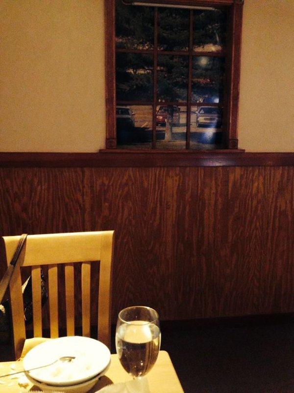 Bar And Restaurant Fails fake windows