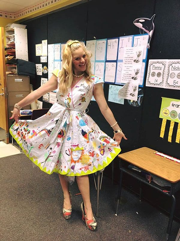 Best Teachers students draw on dress