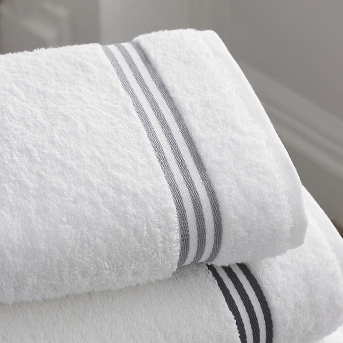 bad shower habits towels