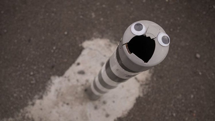 googly eyes on broken things pole