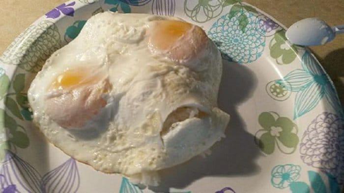 hilarious kitchen fails alien eggs