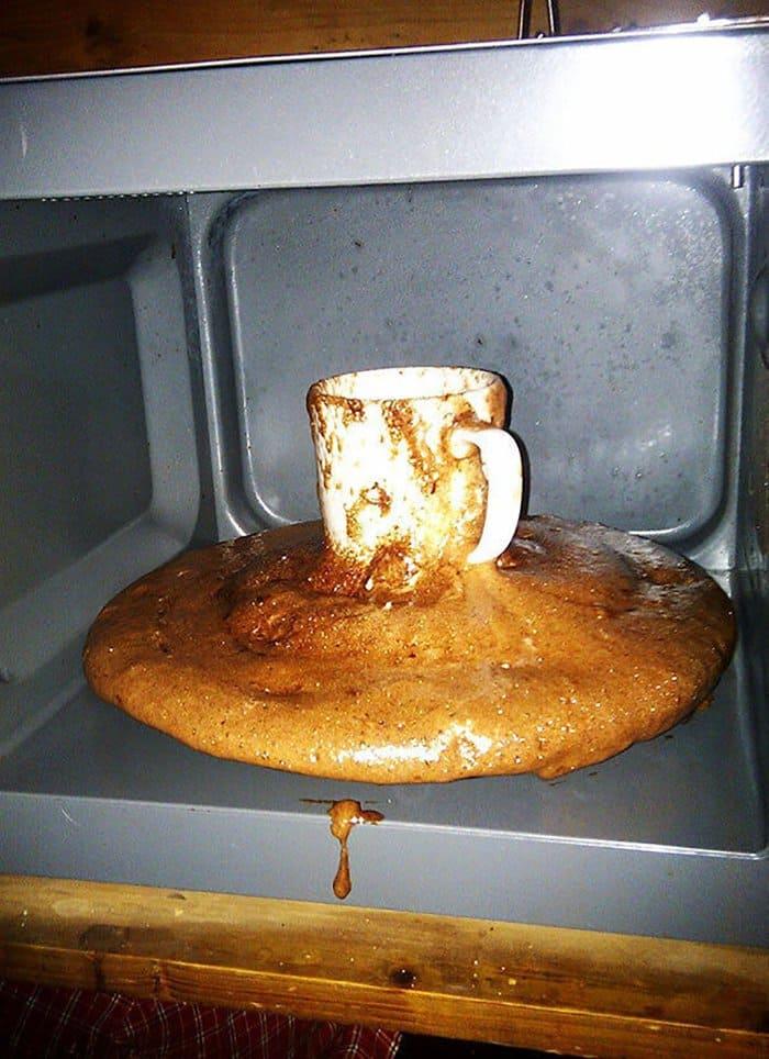 hilarious kitchen fails brownie mug explosion