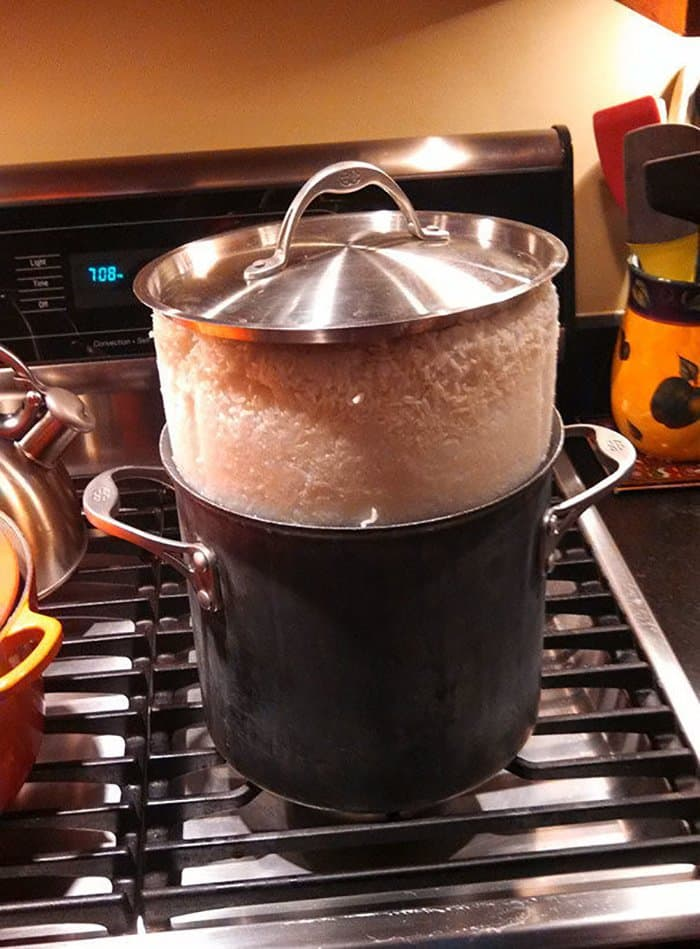 hilarious kitchen fails rice rising out of pot