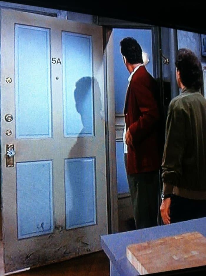 things you never noticed jerry seinfields door