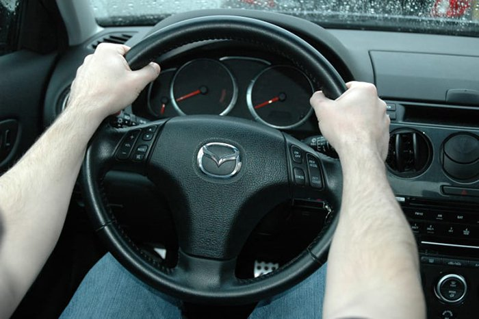 things youve been doing wrong steering wheel