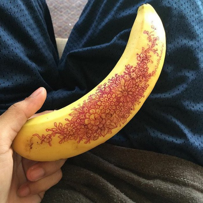 visoth kakvei doodles banana
