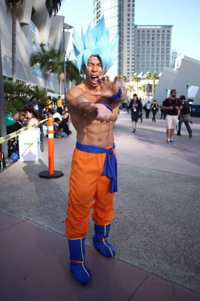 Best Cosplays From San Diego Comic Con super saiyan blue goku