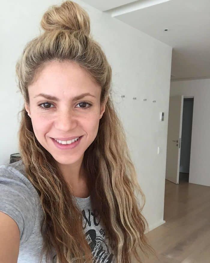 Celebrities Without Make Up shakira